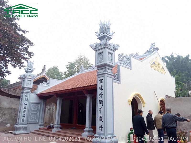 Mặt phải nhà thờ bà thần tiên